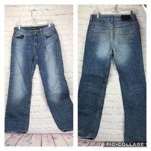 9/10- Express destructed straight mid rise…